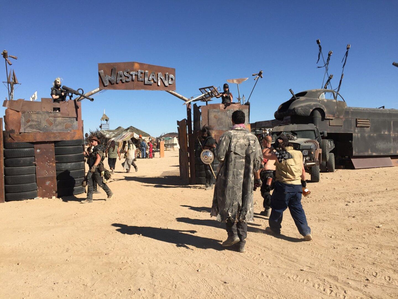 Entrance to Wasteland City