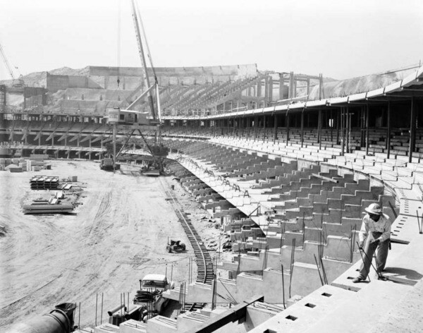 Dodger Stadium construction on July 25, 1961. Courtesy of the USC Libraries - Los Angeles Examiner Collection.