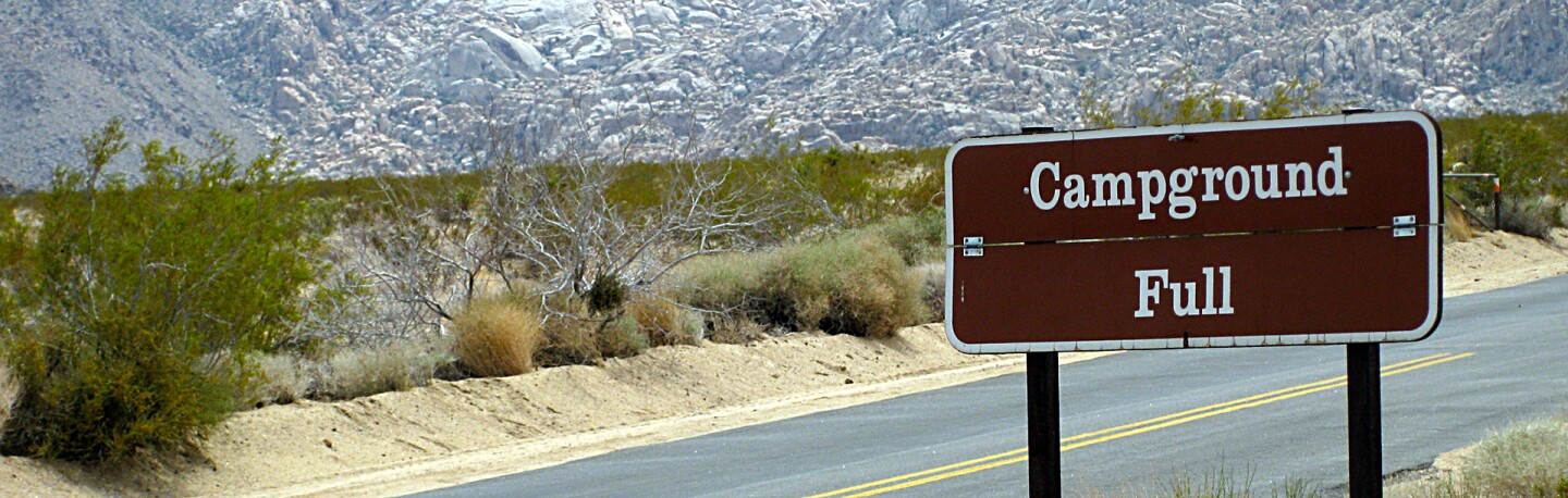 Campground full sign in JTNP | Photo: daveynin, some rights reserved