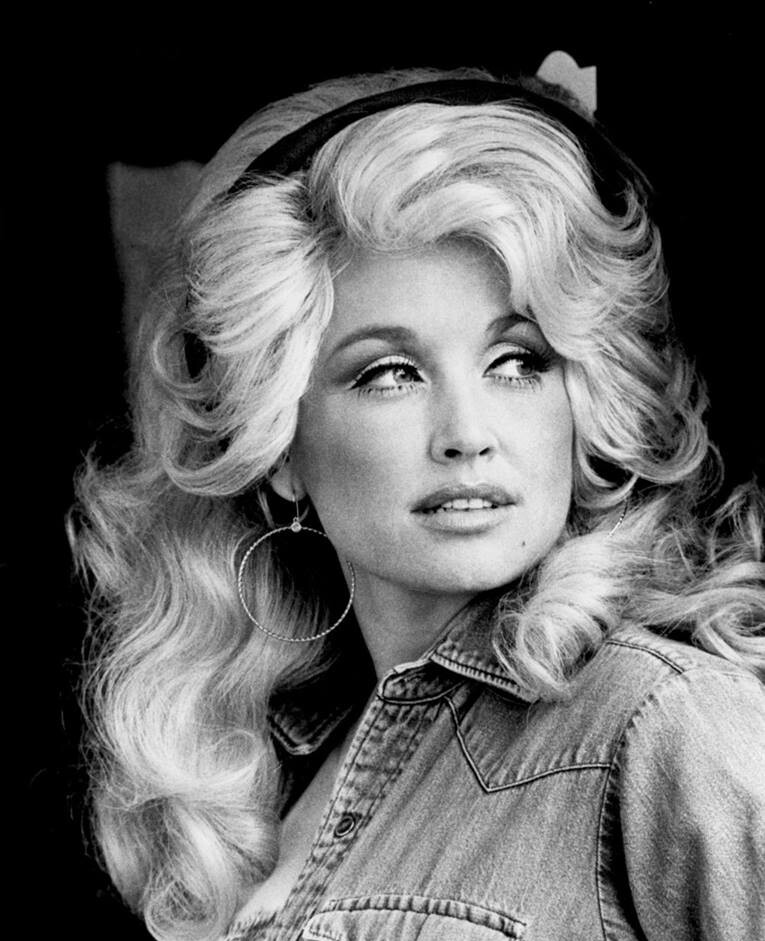 Dolly Parton publicity shot. Circa 1977 | Wikimedia Commons/RCA Records