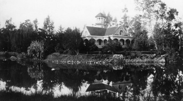 The Queen Anne style cottage at Santa Anita Ranch ca. 1890, now home to the Los Angeles Arboretum. Image: Courtesy of Los Angeles Public Library