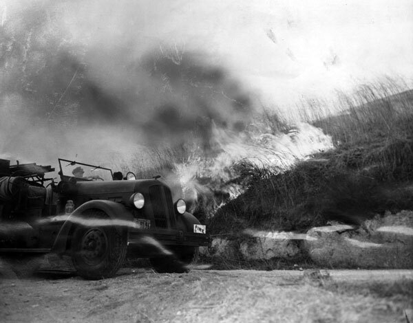 Firefighters battle a 1943 blaze in Topanga Canyon. Courtesy of the Herald-Examiner Collection, Los Angeles Public Library