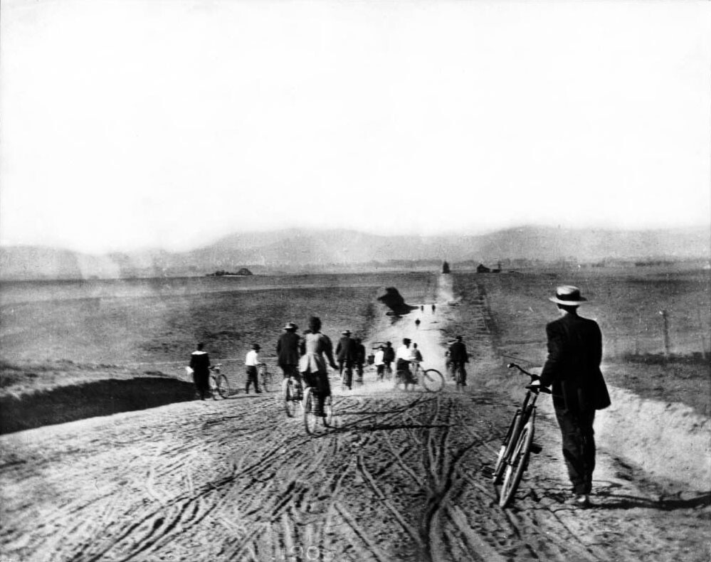 The Los Angeles Times Bicycle Club on Western north of Pico, 1895. Courtesy of the Title Insurance and Trust, and C.C. Pierce Photography Collection, USC Libraries.
